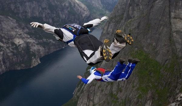 فیلم/ هیجان و خطر با لذت پرواز