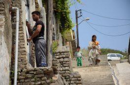 داستان زندگی منیره/مادرم برای تامین خرج اعتیادش درب خانه را فروخت