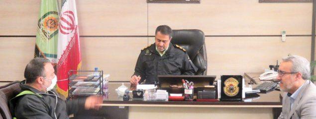 دیدار رئیس پلیس اماکن با خانواده شهدا