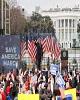 اشوب در آمریکا با ورود طرفداران ترامپ به ساختمان کنگره/درگیری نیروهای امنیتی و حامیان ترامپ در ساختمان کنگره / حمله ترامپ به پنس: او شجاعت لازم برای حفاظت از کشور را نداشت